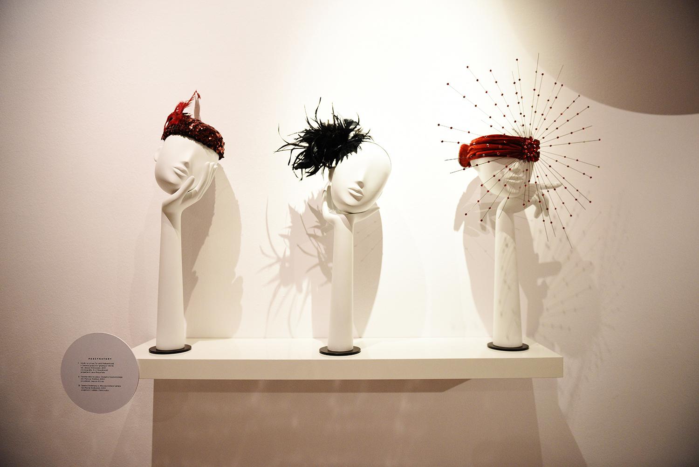 cały teatr na mojej głowie - wystawa kapeluszy w teatrze wielkim22